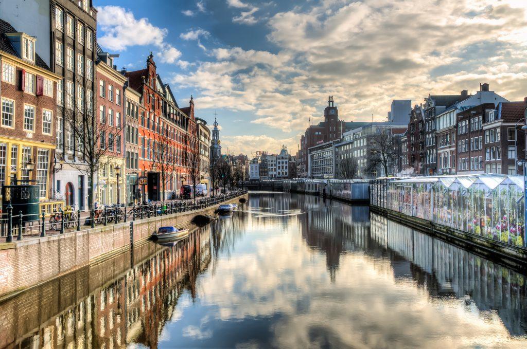 Vivere ad Amsterdam:Costi, Lavoro, Casa. Ecco la Guida per Trasferirti!